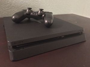 PS4 SLIM MAKE OFFERTS for Sale in Dallas, TX