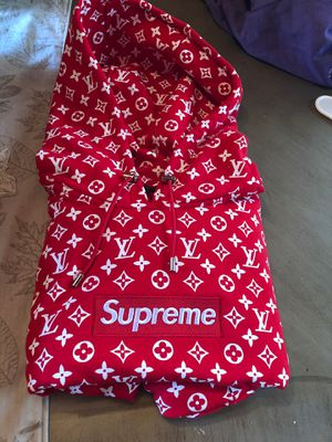 Authentic Supreme Louis Vuitton Hoodie XL for Sale in Pittsburgh, PA