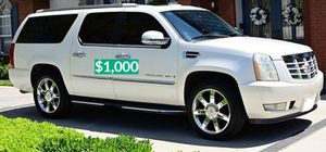 💲1OOO 2OO8 Cadillac Escalade very strong for Sale in New Haven, CT