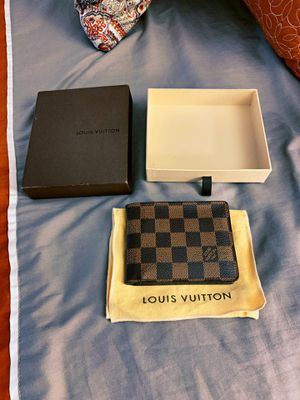 10000% Authentic Louis Vuitton Damier Wallet for Sale in New York, NY