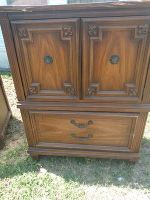 Project Dresser/ armoire for Sale in Holiday, FL