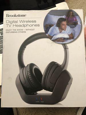 Brookstone digital WIRELESS TV headphones for Sale in Arlington, WA