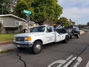 1990 Ford f350 tow truck for Sale in Costa Mesa, CA