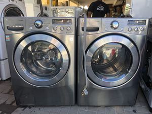 LG washer and electric dryer for Sale in San Marcos, CA