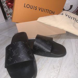 Louis Vuitton Sandals (size 9.5) for Sale in Houston, TX