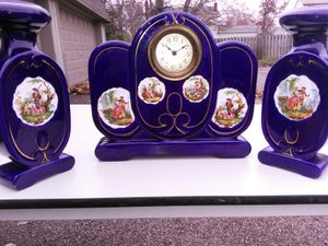 Antiques table clock and vases for Sale in Solon, OH