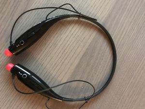 LG HBS-700 wireless headphones for Sale in Sacramento, CA