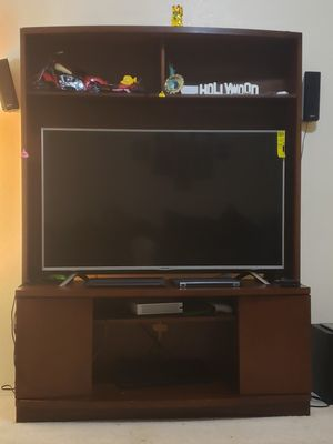 TV stand holds upto 55 inch tv for Sale in Phoenix, AZ
