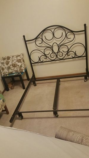 Full size metal bed frame for Sale in Wolcott, CT