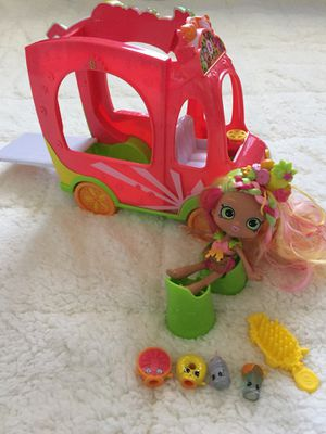 Shopkins Truck (complete) for Sale in Pflugerville, TX