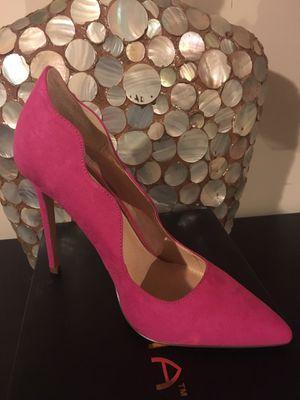 Fuchsia Heels by Liliana SZ 8 for Sale in Boston, MA