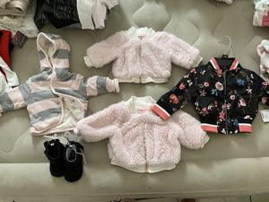 Baby girl clothes (NB & 0-3 MTHS) for Sale in Phoenix, AZ