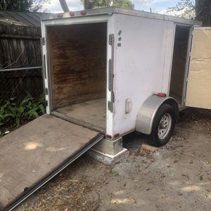 5 x 8 enclosed trailer for Sale in Orlando, FL