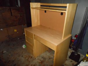 Nice very sturdy desk for Sale in Warner Robins, GA