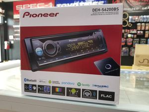 Pioneer single DIN CD/BLUETOOTH RADIO for Sale in Tampa, FL