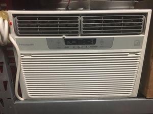 FRIGIDAIRE 10,000 BTU Window Air Conditioner for Sale in Alameda, CA