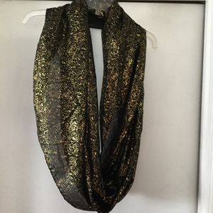 Charming Charlie gold and black infinity scarf for Sale in Oak Lawn, IL
