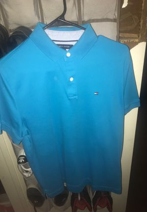 Tommy Hilfiger Three Botton Shirt for Sale in Compton, CA