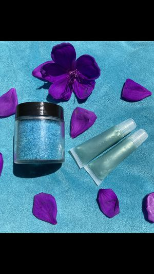 Peppermint Scent Lipglosses and Body Scrub for Sale in Riverbank, CA
