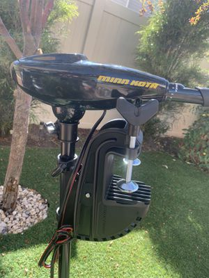 Small pontoon boat motor for Sale in Magna, UT