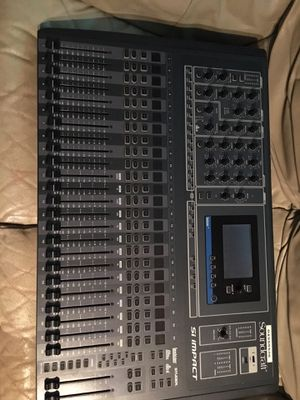 Soundcraft 32 ch Si impact digital mixer for Sale in New Britain, CT