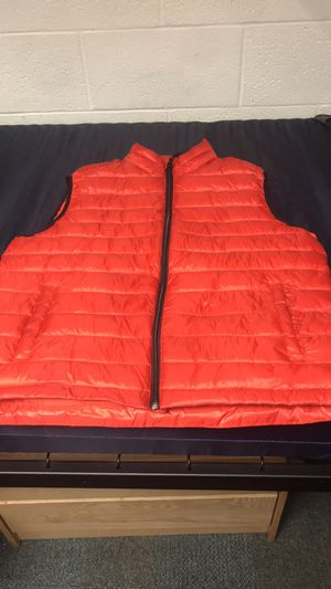Men's Aeropostale's Puffer Vest for Sale in Frederick, MD