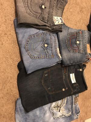 HMU IF INTERESTED prices and sizes for Sale in Des Plaines, IL