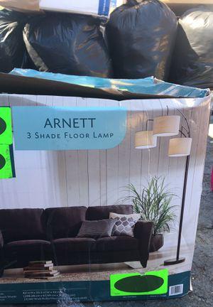 Arnett 3 shade floor lamp for Sale in San Diego, CA