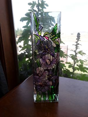 Glass cut Vase for Sale in Taft, CA