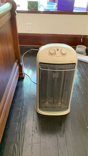 Space heater for Sale in Cleveland, OH
