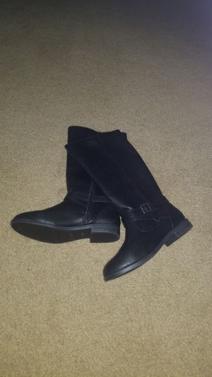 Girls Cat and Jack Boots sz 4 - $15 for Sale in Long Beach, CA