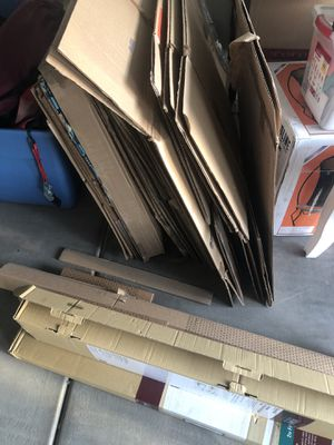 Moving boxes and packing materials (free) for Sale in Mesa, AZ