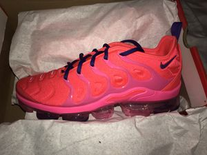 Nike vapor max size 9.5 women's for Sale in Philadelphia, PA