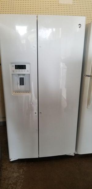 GE Refrigerator for Sale in Wahiawa, HI