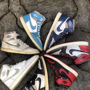 Buying 1985 Jordan 1s Any Size Any Condition Bred Royal Metallic Chicago Black White for Sale in Pasadena, CA