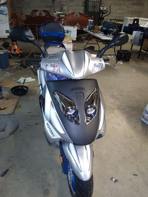 2019 150cc scooter Tao Tao for Sale in Lexington, KY