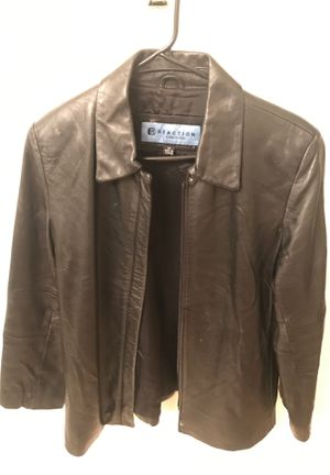 Kenneth Cole Reaction Leather 3/4 sleeve for Sale in Las Vegas, NV