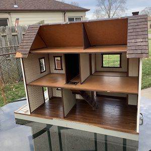 Extra Large Doll House for Sale in Livonia, MI