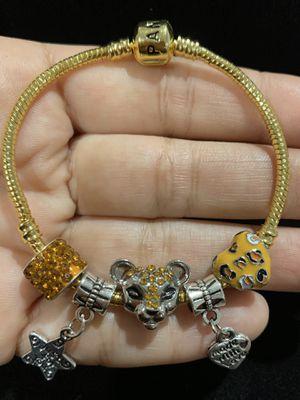 "Pandora style bracelet. bracelet size: 7"" . 18cm . for Sale in Fullerton, CA"