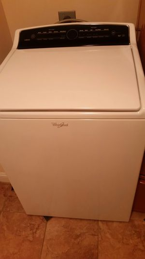 WHIRLPOOL CABRIO WASHING MACHINE MODEL WTW7000DWO for Sale in Waterford, VA