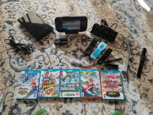 Wii U, 5 games, 4 controllers for Sale in Alexandria, VA