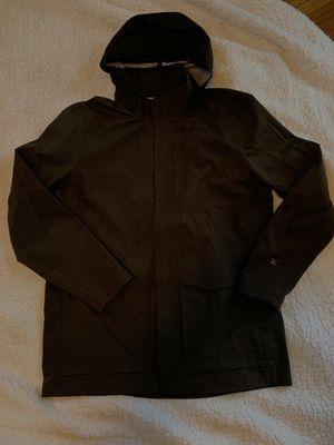 Lululemon raincoat for Sale in Lorain, OH