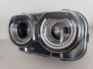 15 17 20 dodge challenger xenon headlight for Sale in Austin, TX