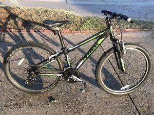 Trek 3 series mountain bike for Sale in Dallas, TX