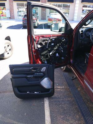 CAR AND TRUCK DOOR GLASS for Sale in Marietta, GA