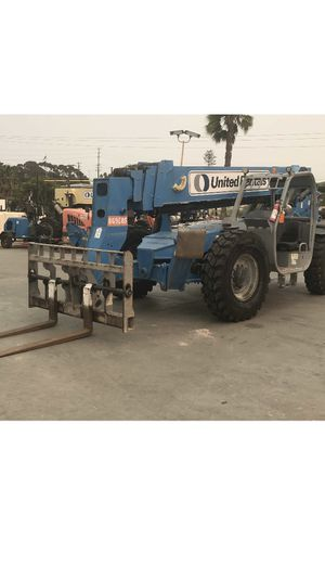 Genie 10k reach forklift for Sale in San Diego, CA