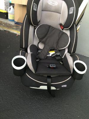 Car seat for Sale in Miami Gardens, FL