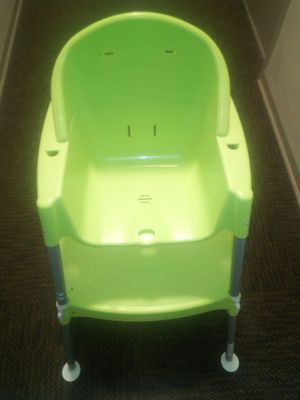 High Chair use as Table Chair Later for Sale in Chicago, IL