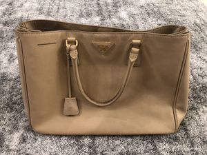 Prada Big Saffiano Bag for Sale in Santa Ana, CA
