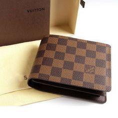 Men's wallet for Sale in Sterling Heights, MI